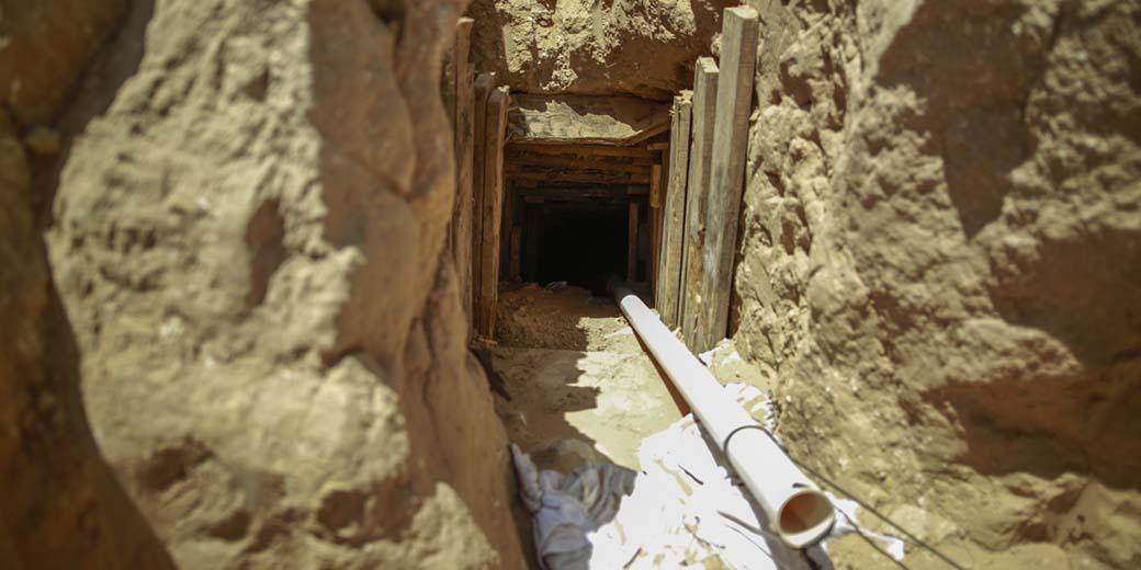 Тоннель из Газы (Илан Асаяг)