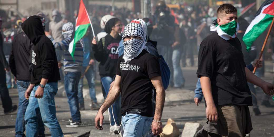 349062_Demonstration_Palestinians_Bitunia_EmilSalman