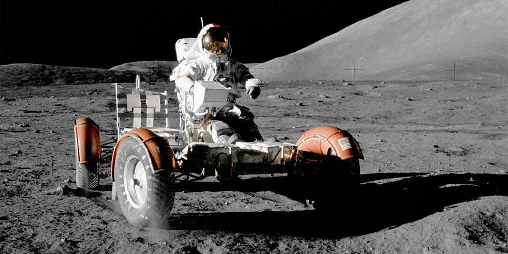 moon-vehicle-pixabay