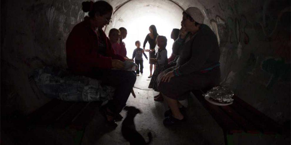 Image result for дети тревога газа кибуц 2014