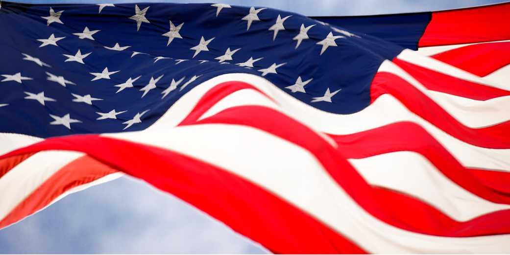 USA_flag-Pixabay1