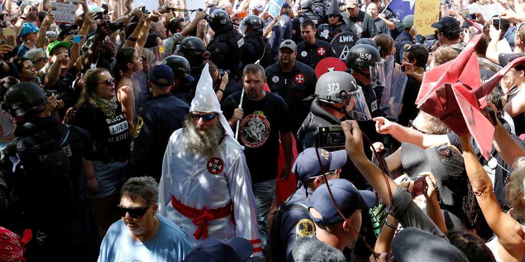 Демонстрация  в Шарлоттесвилле. Фото:Jonathan Ernst, Reiters