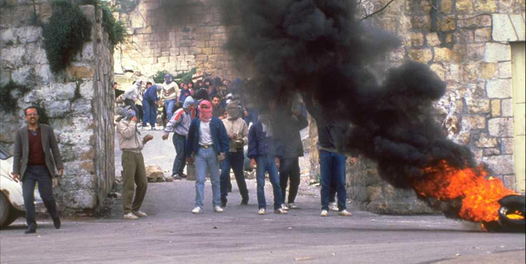 D487-131_First_Intifada_1988_Ramalla_GPO