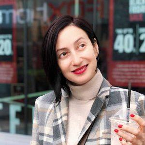 Таня Акопова