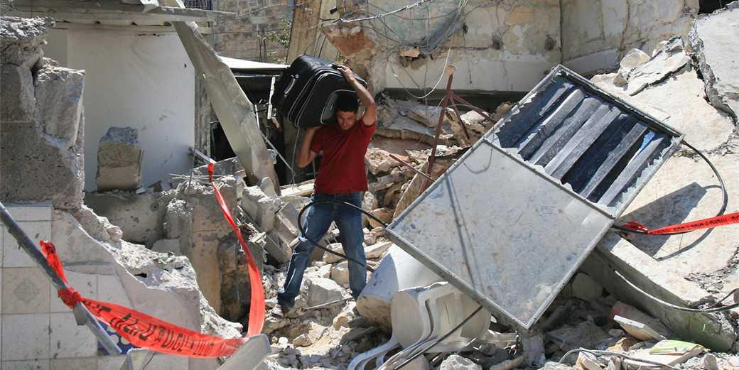657129_Lebanon_War_2006_Haifa_Katyusha_Alex_Libak