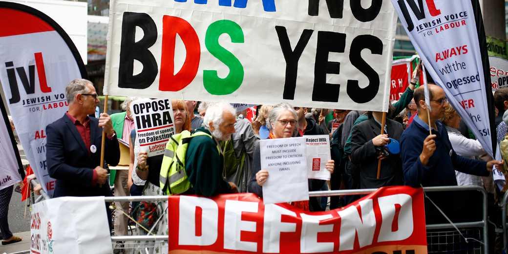 Antisemitic London RTS1ZYXS Henry Nicholls Reuters
