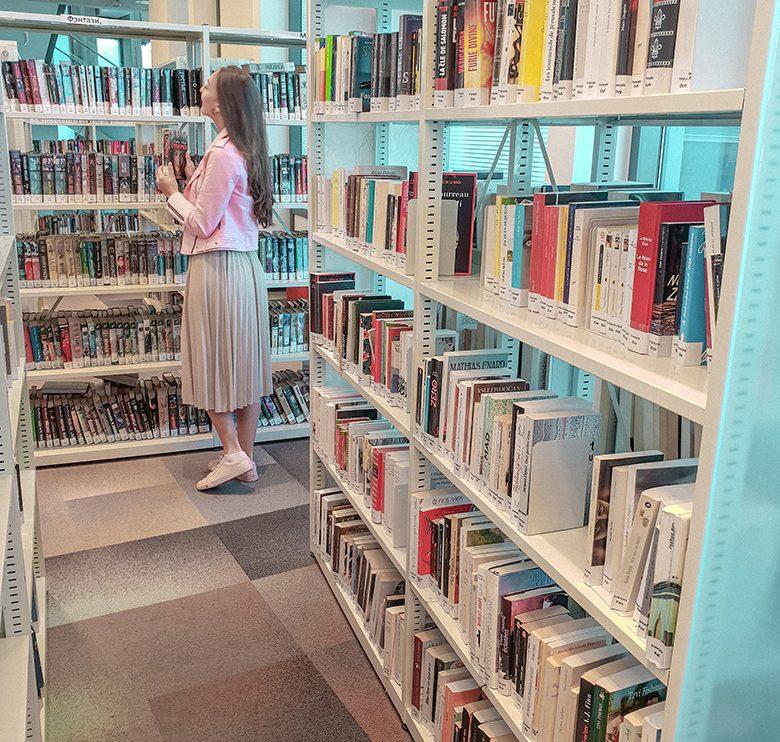 Books2 - Sima Zur