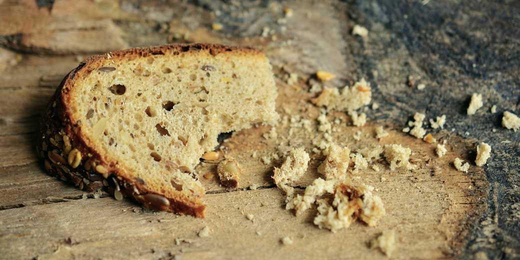 bread 2542308 bedost hleb pixabay