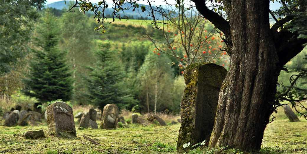 cemetery-Jewish-Pixabay