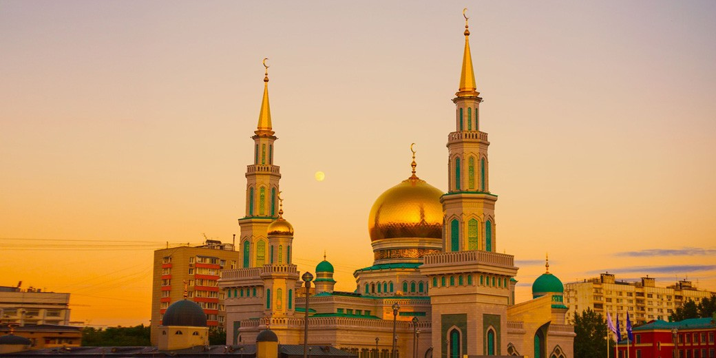 moscow-cathedral-mosque-pixabay