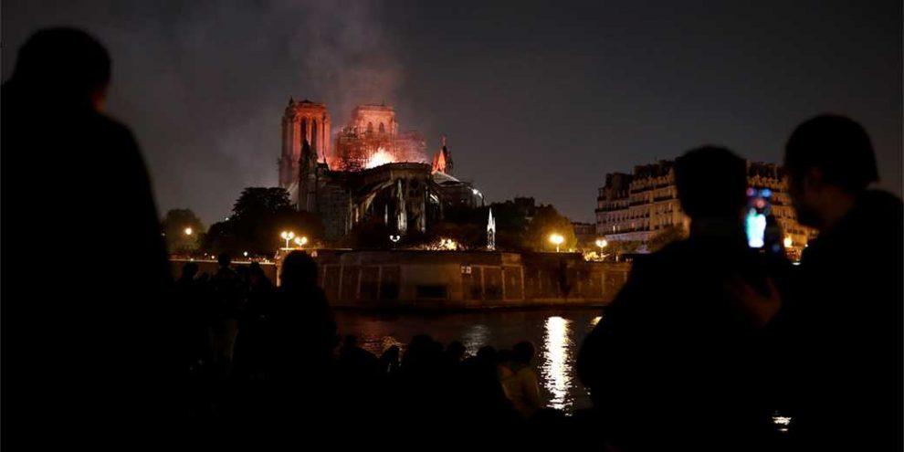 Пожар в соборе – не худшее из того, что творится во Франции