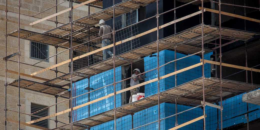 378664_construction_Emil_Salman