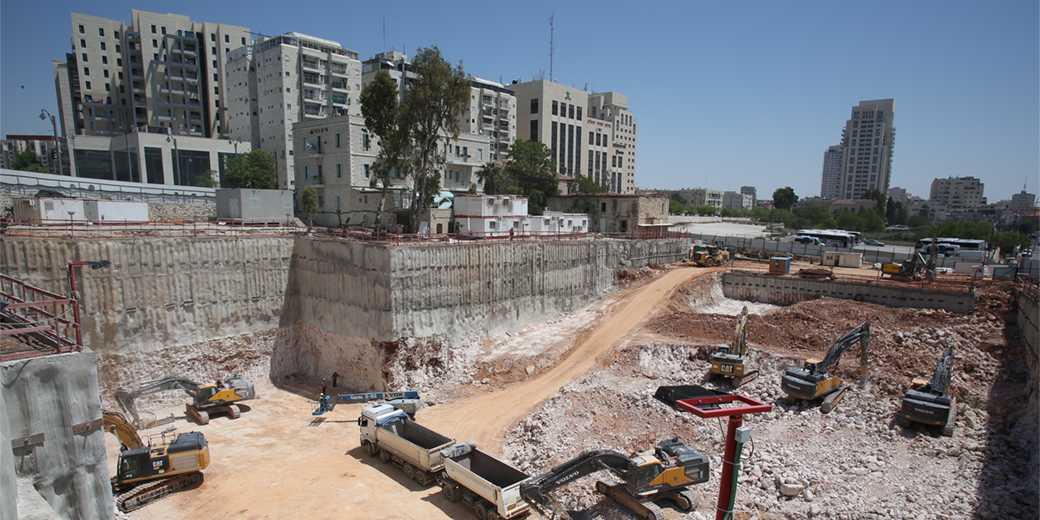 874879_construction_Emil_Salman