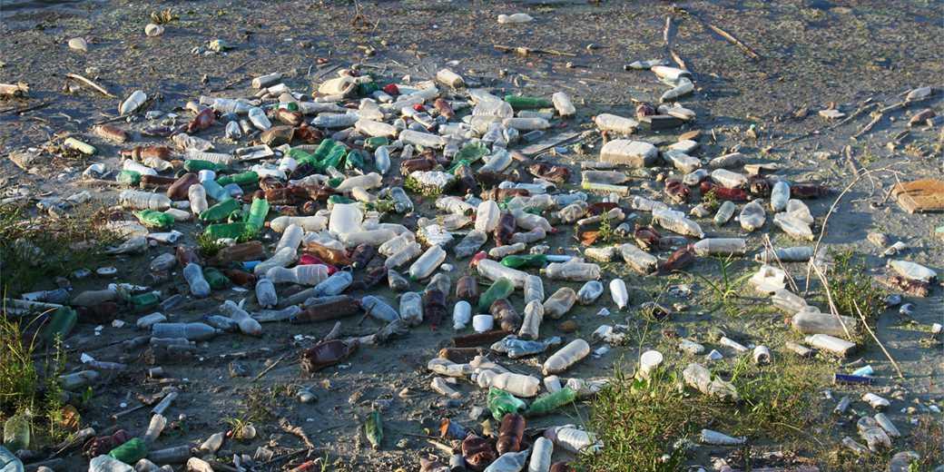 bottles-garbage-pixabay