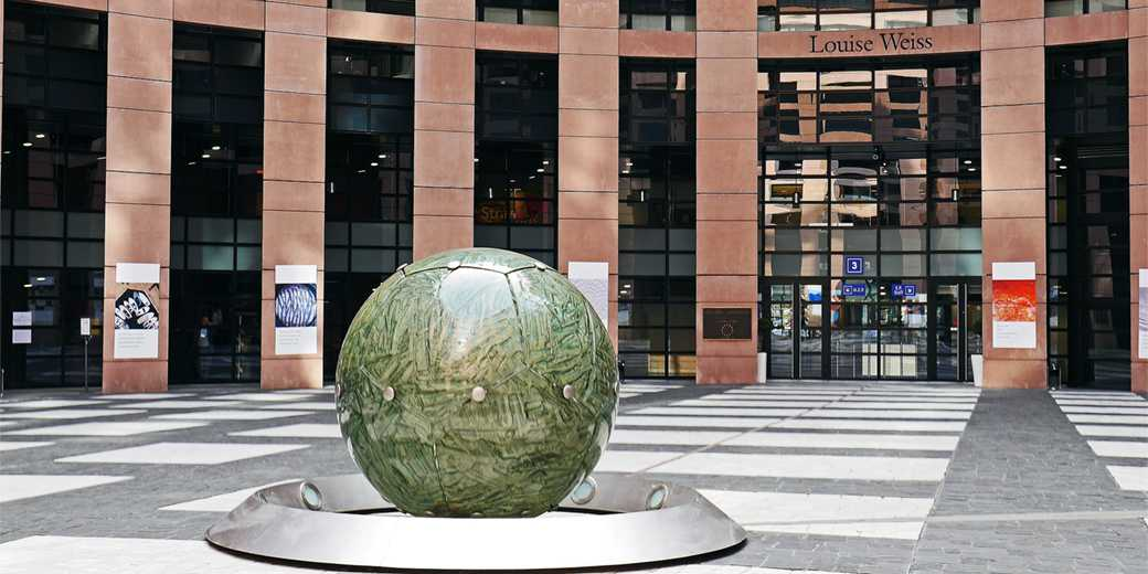 european-parliament-Pixabay