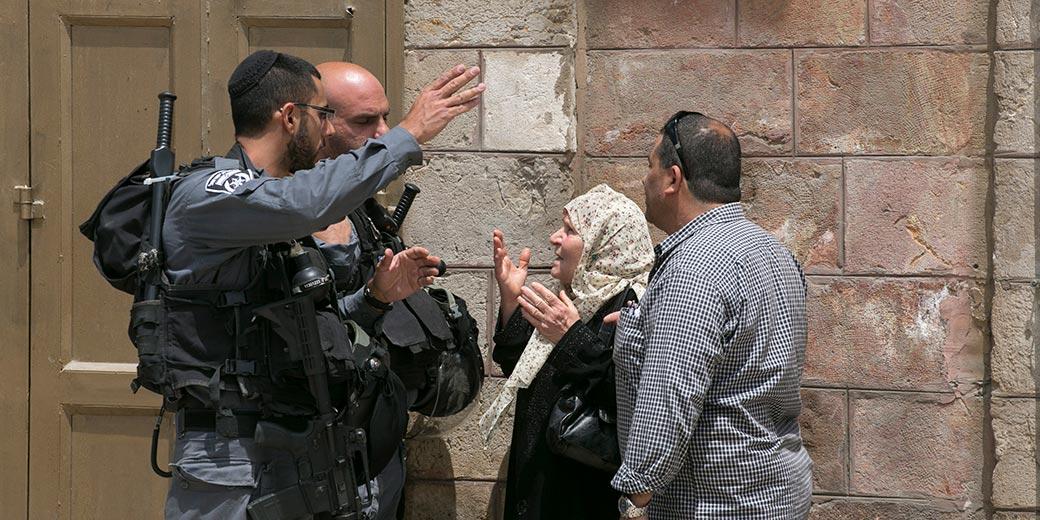 573377_East_Jerusalem_Police_Oliver_Fitoussi