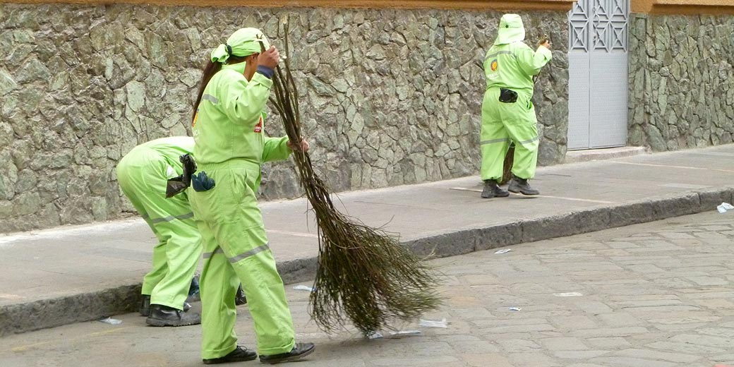 street_cleaners_pixabay