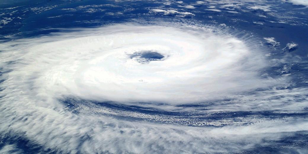 tropical-cyclone-pixabay