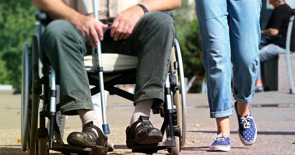 wheelchair-invalid pixabay
