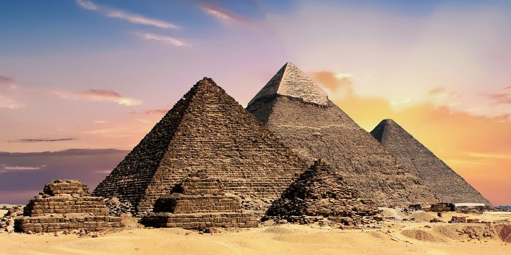 pyramids-Pixabay