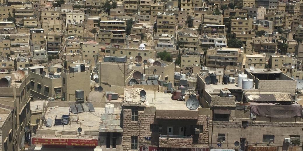 На фото: столица Иордании - Амман. Фото: Роман Позен