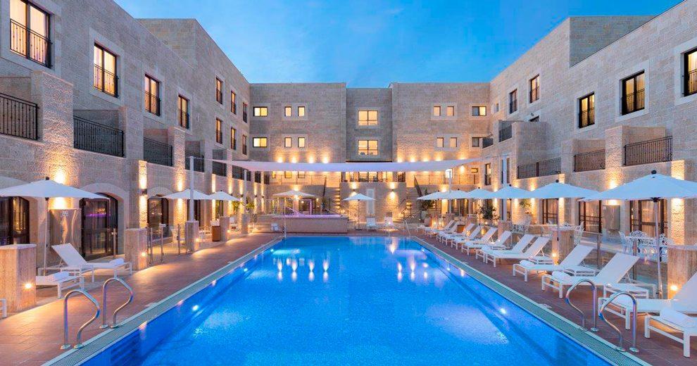 Edmond-Rosh-Pina-Hotel---Uri-Ackerman