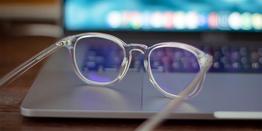 k8-glasses-unsplash
