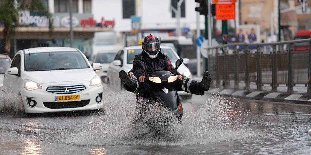 616673_Tel Aviv Flood Rain Dudu Bachar