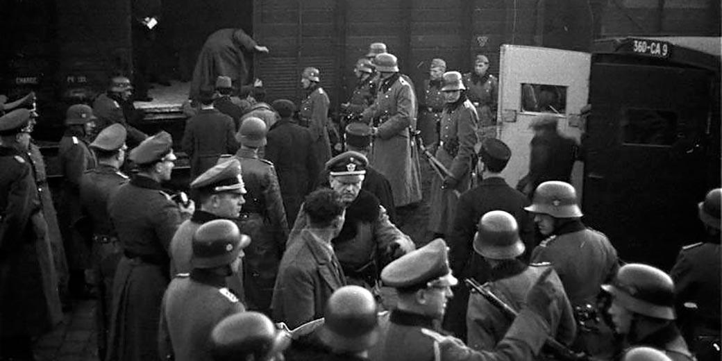 Bundesarchiv_Marseille_Gare_d'Arenc_Deportation_von_Juden