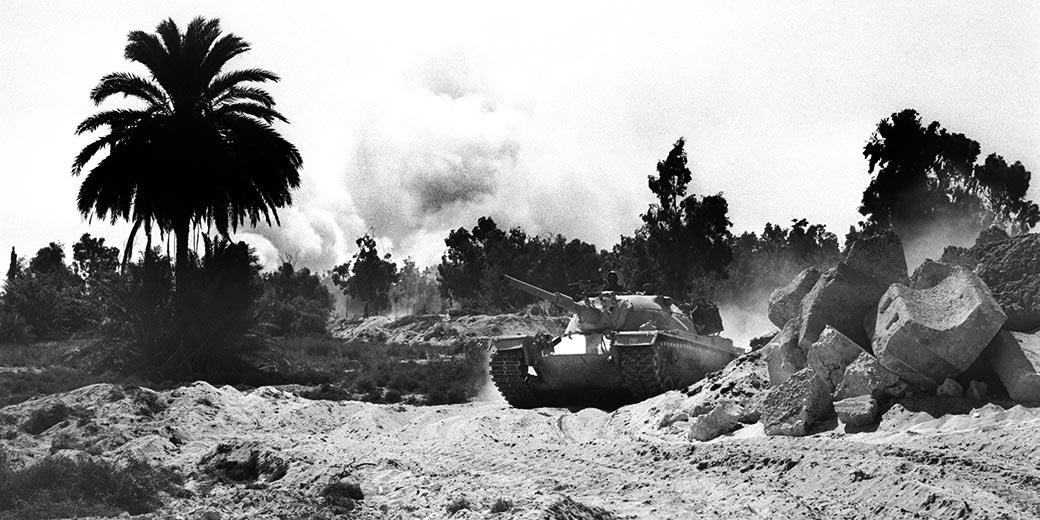 D335-019_Yom_Kipur_War_Suez_Channel_Ron_Ilan_GPO