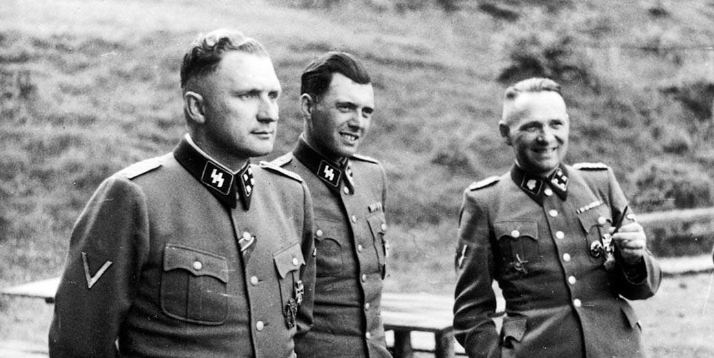 Josef_Mengele_Richard_Baer_Rudolf_Hoess_Auschwitz_Wikipedia_public_domain