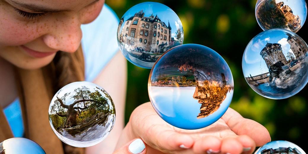 glass-ball-pixabay