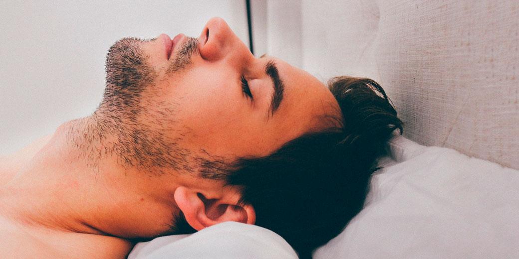 man-sleep-pixabay