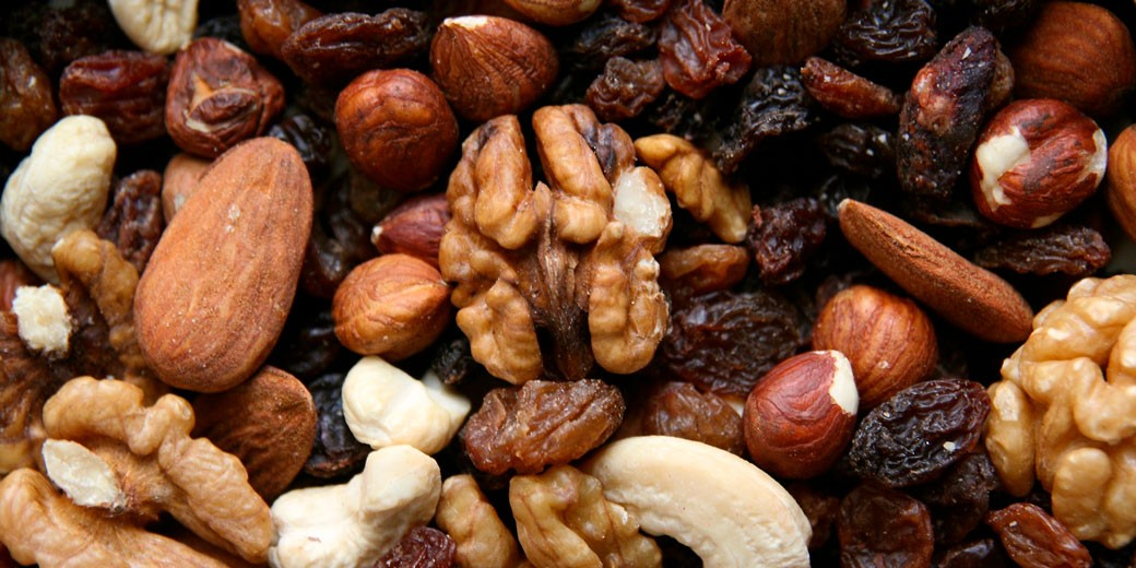 nuts-3-pixabay