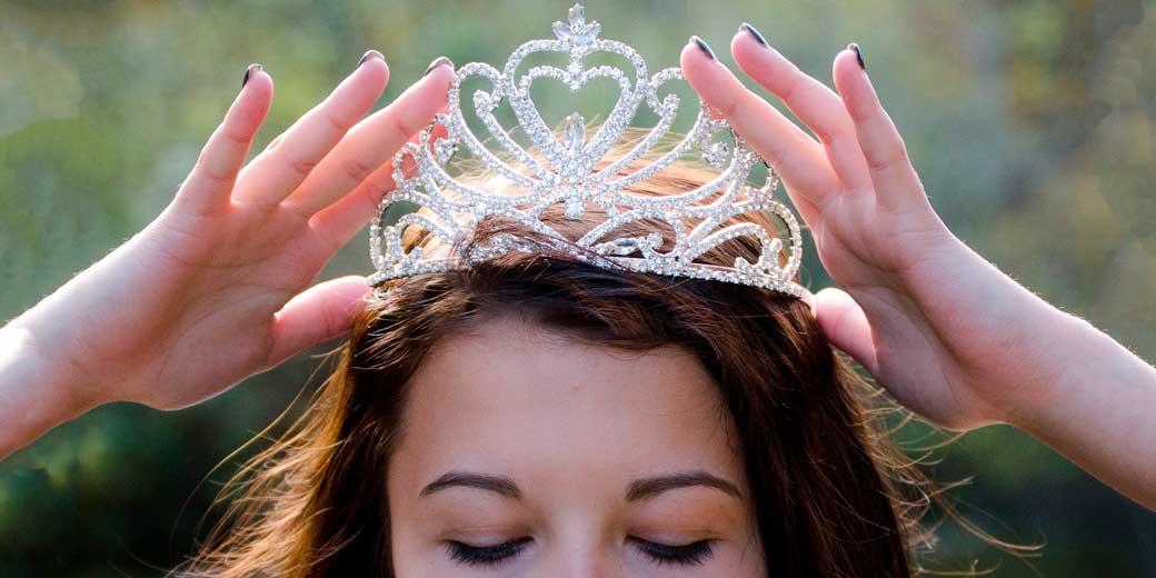 queen-pixabay