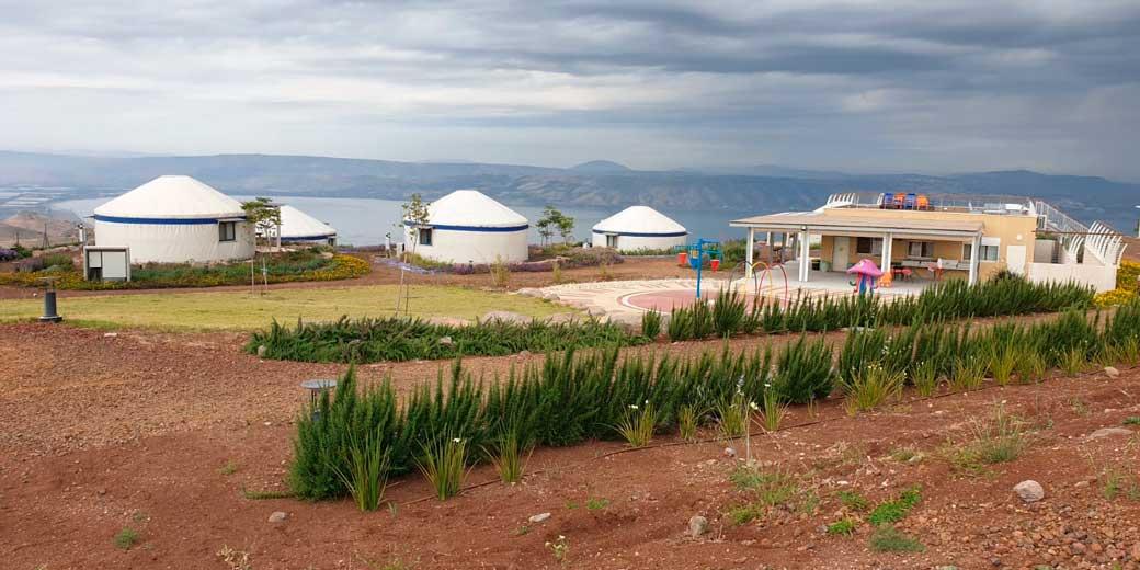 מתחם-היורטים-באיי-גאלי-מושב-גבעת-יואב-שבגולן-קרדיט-צילום--באיי-גאלי