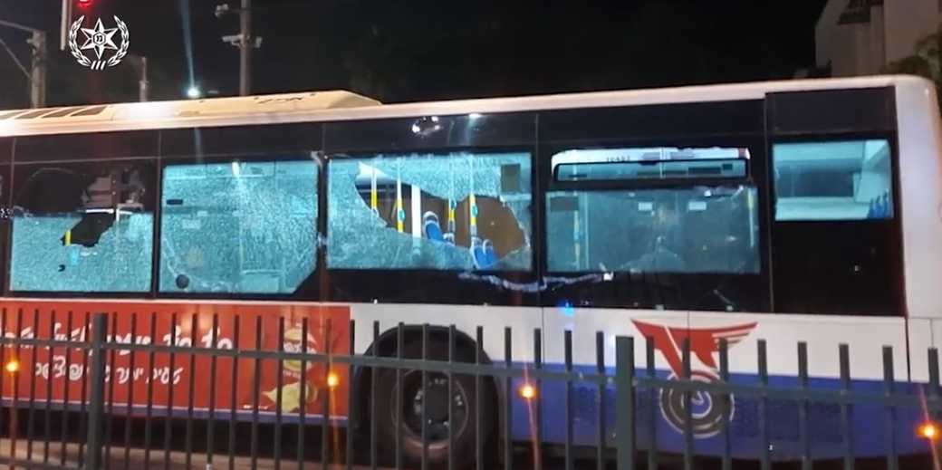 Jaffa_bus_violens_arab_Police_press_service