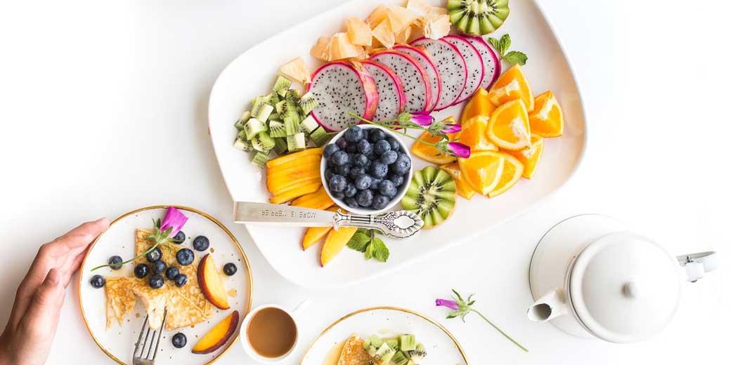 brooke-lark-fruits-unsplash