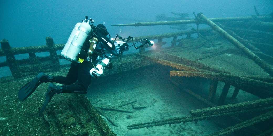 noaa-diving-unsplash