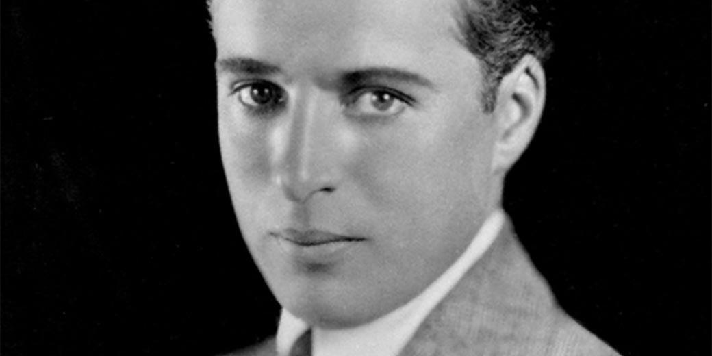 Charlie_Chaplin_portrait_Wiki_public_Strauss-Peyton Studio