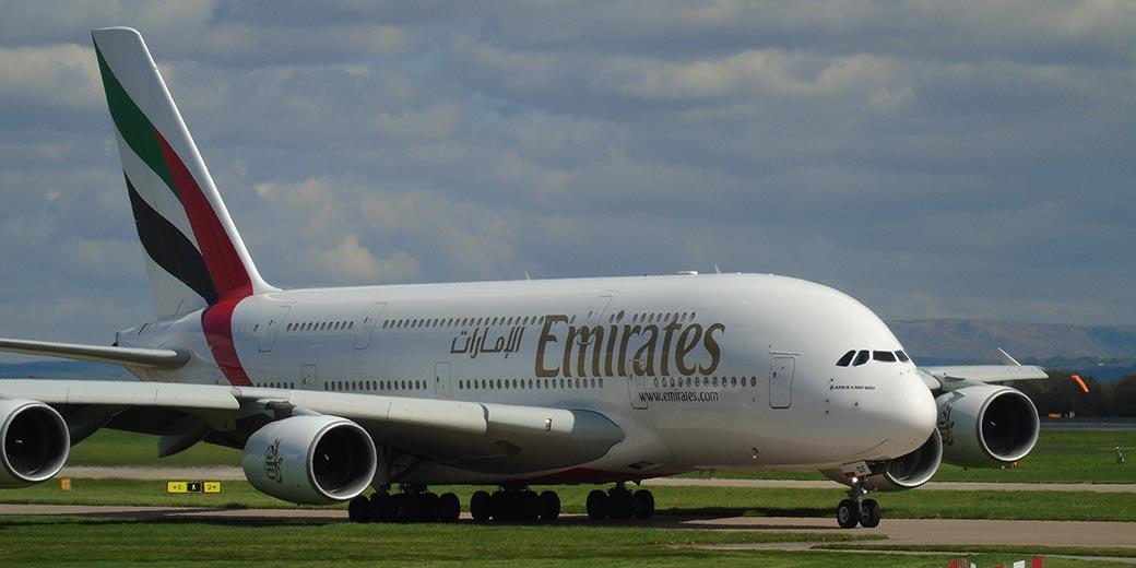 aircraft-emirates-Pixabay