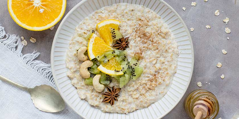 monika-grabkowska-porridge-unsplash