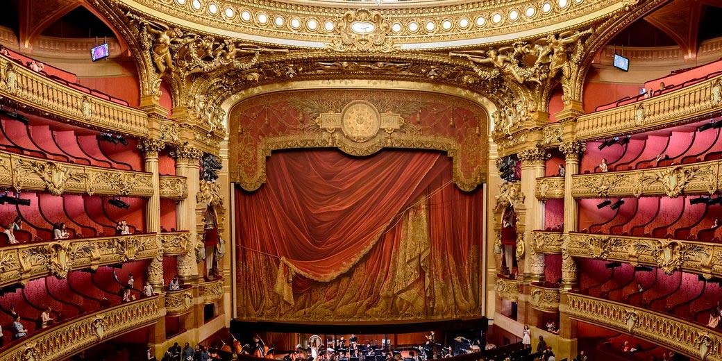 stage-pixabay