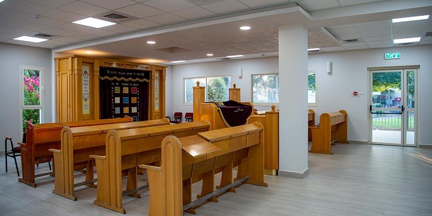 533869_synagogue_Gil_Elyahu