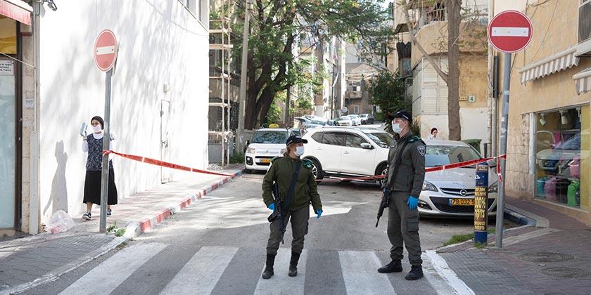 539499_Corona_Religious_Bnei Brak_Police_Moti_Milrod