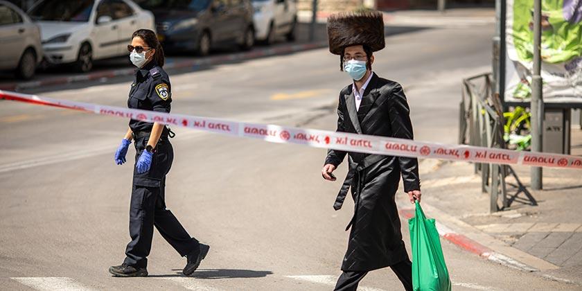 541369_Corona_Religious_Police_Emil_Salman