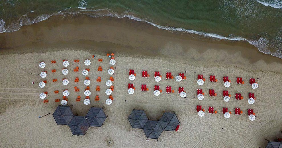 546508_Corona_beach_Tel Aviv Tomer Appelbaum