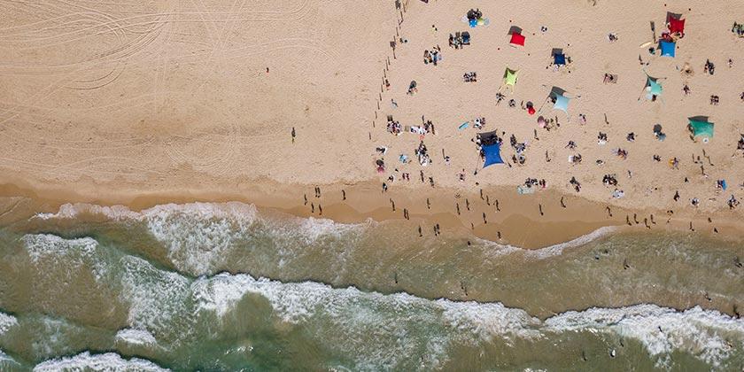 559696_corona_Sea_beach_Tomer_Appelbaum