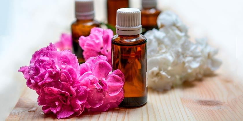 essential-oils-Pixabay