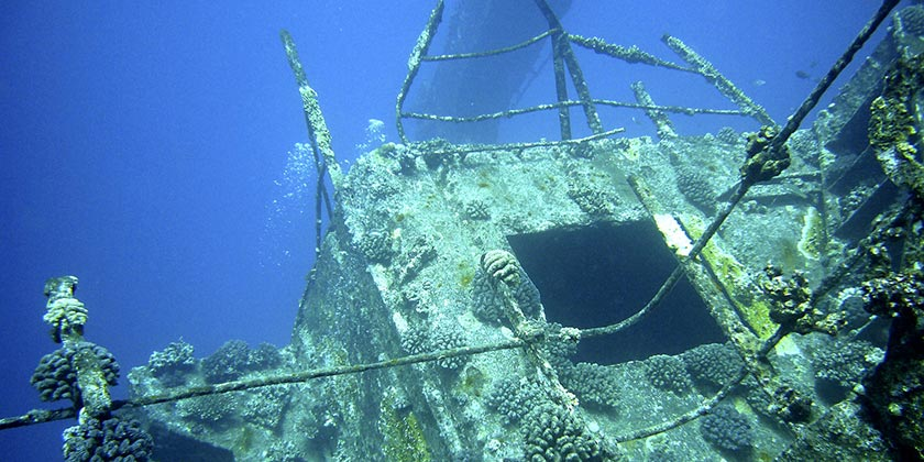 shipwreck-Pixabay